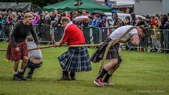 Tug O' War (FotoFling Scotland) Tags: tattoo scotland kilt rope event balloch highlandgames meninkilts tug0war lochlomondhighlandgames