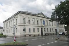 Prinzenpalais  (Prince's Palace)  (1826) (cohodas208c) Tags: princespalace prinzenpalais damm oldensburg museum neoclassical architecture 1826 holsteingottorp