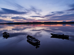 tiver tay calm-7280773 (E.........'s Diary) Tags: eddie rossolympusomdem5markiiscotlandjuly2016 sunset river tay calm reflection boats