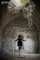 Sara - Lightmoon (Roberto Donadello) Tags: sara lightmoon cosplay beauty cosplayer girl secret woman cunicolo palmanova abbandono archeologiaindustriale urban decay urbandecay allaperto persone