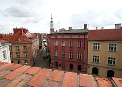 At the castle in Pznan (roomman) Tags: 2016 poznan poland polska wielkopolska wielko town city rynek square cityhall hall tower panorama castle brick bricks wall hill