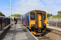 150265 (matty10120) Tags: station st cornwall great first railway class 150 western 153 erth at 150265