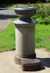 Drinking fountain, Kew Gardens, TW9 (Tetramesh) Tags: tetramesh london england britain greatbritain gb unitedkingdom uk kewgardens royalbotanicgardenskew royalbotanicgardens kew tw9 tw93ae londonboroughofrichmonduponthames