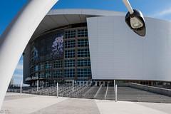 American Airlines Arena (silberne.surfer) Tags: citysightseeing uww fujixt1 fuji xf14mmf28 wolkenkratzer miami florida miamidowntown americanairlinesarena