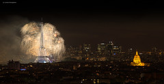 paris (Julianoz Photographies) Tags: gustaveeiffel nationalday 14juillet2016 nikond610 firework2016 bastilleday paris europe france capitale anniversairepapa invalides monument ladfense hautdeseine eiffeltower toureiffel architecture capital church champsdemars feudartifice 2016 julianozphotographies vueaerienne cityscape villelumire palaisdechaillot 75 92
