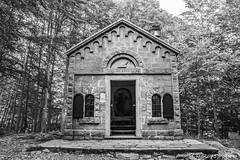 Ave Maria (Fabio75Photo) Tags: windows maria chiesa finestra ave porta dio montagna bosco foresta preghiera dipinto percorso ges spirito spirituale ritiro spiritualit credenti