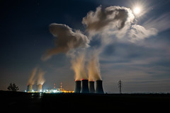 Smoke signals at full moon (The Adventurous Eye) Tags: moon plant night photo energy long exposure smoke experiment nuclear full signals powerplant atomic