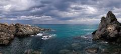 Calabria - la scogliera di Copanello (fabrizio64) Tags: mediterraneo mare calabria catanzaro golfo squillace macchiamediterranea