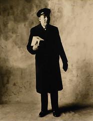 Irving Penn, Messenger from Cartier, New York, 1951 (aileverte) Tags: irvingpenn parisphoto2014