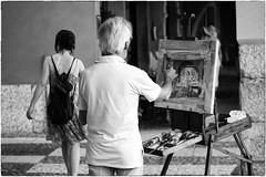 (Roberto Spagnoli) Tags: people blackandwhite italy woman art girl painting artist picture streetphotography quadro painter biancoenero pittura pittore 50mmcanon fotografiadistrada