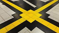 follow the yellow brick road (Fotoristin - blick.kontakt) Tags: abstract lines station yellow architecture underground subway pattern metro diagonal dsseldorf handymade followtheyellowbrickroad fotoristin