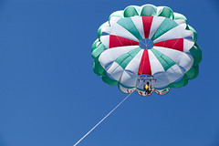 I do not believe I fly (Siuloon) Tags: fly umbrella vac holiday spadochron croatia chorwacja lata niebo heven