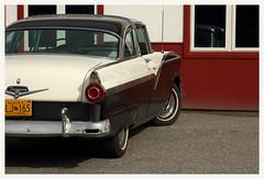 Ford Fairlane (R. Drozda) Tags: fairbanks alaska car classiccar ford fairlane cherry driveby collegeroad drozda