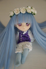Chibi-Sy-Sylphe (Dave/Skrmsli) Tags: flowers blue anime angel eyes doll hand head handmade sewing manga makeup 11 clothes made wig eleven obitsu parabox