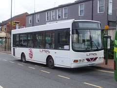 Littles YAZ8645 Bulwell (Guy Arab UF) Tags: littles b4 yaz8645 1999 dennis dart slf wright crusader bulwell bus station nottingham nottinghamshire independent buses gills travel ulsterbus 645