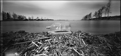 Ship in a Bottle (Foide) Tags: panorama film beach bottle ship pinhole 120film 612 shipinabottle ondu nolens blackwhitephotos