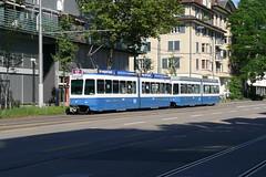 Tram 2000 2061+2034 (V-Foto-Zrich) Tags: tram zrich dt vbz verkehrsbetriebe tram2000 zrilinie doppeltraktion