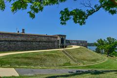 Fort-Washington-30 (vaabus) Tags: fortwashington fortwashingtonmaryland fortwashingtonpark bastion casemate cannon 24poundercannon caponniere civilwardefensesofwashington fortification