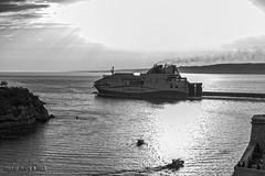 Fort St Jean (Artiste/Photo) Tags: city sea sky mer france port soleil boat marseille view image pentax lumire picture ciel ricoh ville k3 frensh mditrane