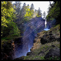 Path of waterfalls (pascalbordeaux33) Tags: waterfalls cascade cauterers