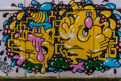 Street Art In Belfast [May 2015]-104636