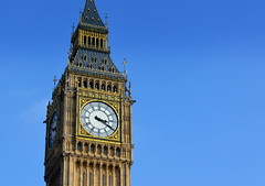 Iconic timepiece in London (Tony Worrall) Tags: england london city capital uk update place location south southern visit area county attraction open stream tour country tourist southeast english greatbritain big ben bigben clock clocktower icon time iconic gilt ornate tall londonclock