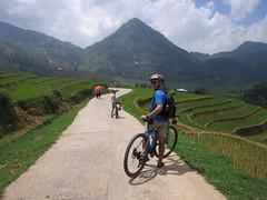 Biking in Sapa (vbolinius) Tags: 2016 biking cooperbolinius locals ricefields sapa travel vernbolinius vietnam