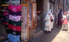 O Franco (teterocamonde) Tags: calle franco turismo monjas