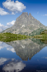 Ossau's chimney (Tanguy V) Tags: summer sky mountain lake reflection rock montagne landscape hiking lumire july lac pic du reflet ciel valley midi t miroir paysage rocher pyrnes randonne valle 2016 ossau bivouac ayous dossau randonnebivouacayous2016