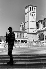 Assisi, 2016 - Peace Army - (Gianluca GLM 2 color) Tags: assisi leica m monochrome