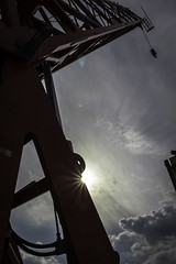 Urban XP (PSY:OPS) Tags: crane powercrane hoist buildingsite sun lensflare rooftopping skyscraper cityscape london cityoflondon highrise canon 700d eos trespass