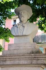 Saint-Maximin-la-Sainte-Baume / Buste de Frdric Mistral (Charles.Louis) Tags: paca provence var statue buste sculpture mistral frdricmistral pote provenal