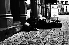 (formwandlah) Tags: street photography streetphotography silhouette silhouettes silhouetten shadow schatten dark noir urban candid city strange gloomy cold sureal bizarr skurril abstract abstrakt melancholic melancholisch darkness light bw blackwhite black white sw monochrom high contrast ricoh gr pentax formwandlah thorsten prinz licht fear paranoia einfarbig