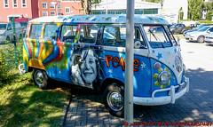 VW-Bus T1 (Stefan's Gartenbahn) Tags: vw bus vwbus volkswagen t1 bully loveandpeace love peace flower power flowerpower