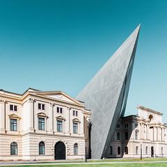 Arrowhead (Philipp Gtze) Tags: architecture dresden daniellibeskind