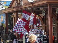 Aston Villa - FA Cup Final 2015 day - flags outside Birmingham Moor Street Station (ell brown) Tags: greatbritain england scarf souvenirs birmingham unitedkingdom flag flags souvenir scarves westmidlands edwardian facup astonvilla astonvillafc gwr moorstreetstation greatwesternrailway facupfinal avfc villans birminghammoorstreet birminghammoorstreetstation chilternrailways moorst londonmidland astonvillafootballclub moorstqueensway prideofengland facupfinal2015