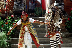 25-121 (ndpa / s. lundeen, archivist) Tags: costumes people bali color film festival 35mm indonesia temple dance costume dancers dancing traditional nick performance ceremony culture celebration textile fabric 25 southpacific ritual tradition 1970s drama hindu performers performer 1972 indonesian balinese dewolf oceania pacificislands poleng nickdewolf photographbynickdewolf dancedrama kainpoleng pacificislandculture reel25