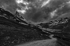 Matterhorn (Julien Bukowski) Tags: summer blackandwhite mountain montagne landscape switzerland europe suisse noiretblanc che zermatt matterhorn paysage ch valais cervin et
