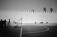 (Alexander Graeff) Tags: leica 2 sky people bw white black film beach rock strand analog 35mm boat football goal fishing sand outdoor cove soccer himmel mini marocco cave dust noise essouria analoug