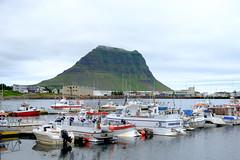 Grundarfjörður - 1/350 - f/7.1 - 35.8 mm (54 mm)