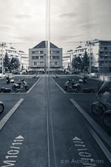 DSC05945_s (AndiP66) Tags: reflections reflektionen licht light peter merian haus house basel stadt city schweiz switzerland sony dscrx100ii dscrx100m2 rx100ii rx100m2 andreaspeters